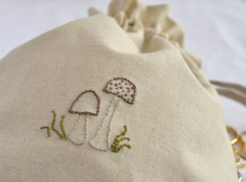 Beige mushroom bag2