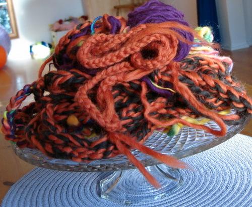 Halloween_hand_crochet_2