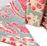 Kimono_scarf_blue_and_red_lighter_4