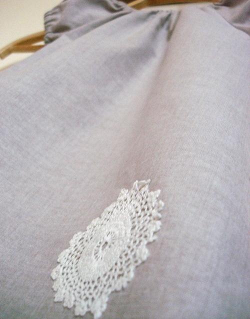 Grey_dress_with_trim